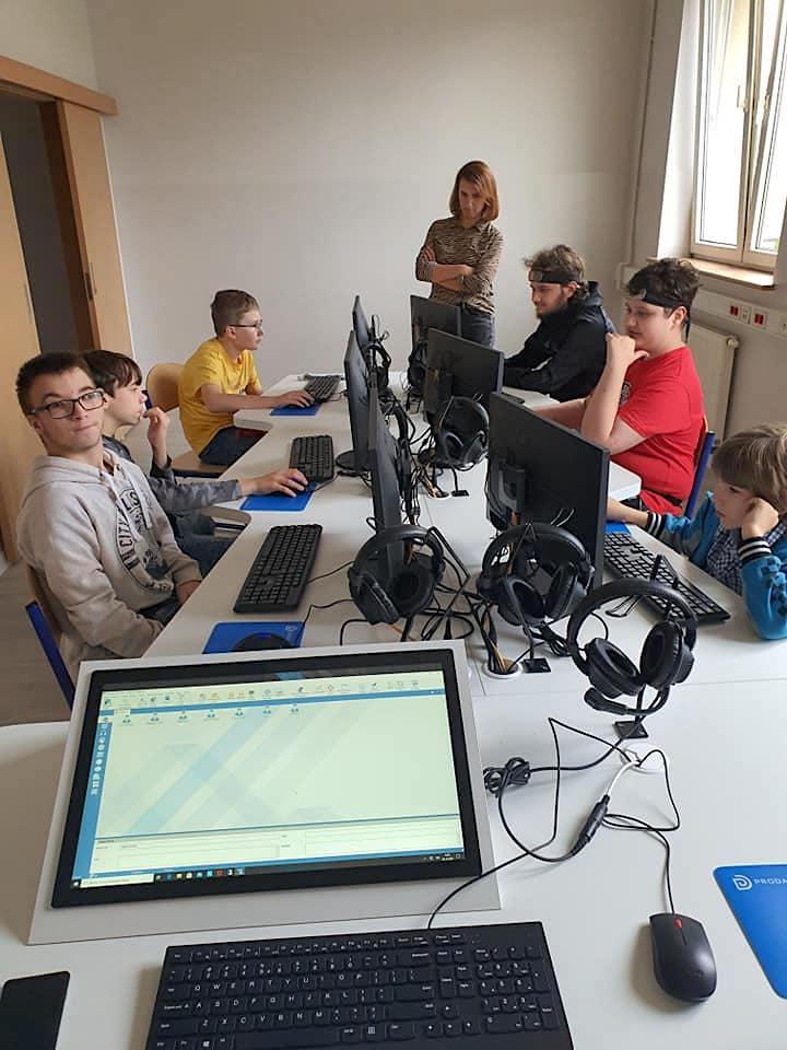 Pracownia komputerowa Nasza Szkoła